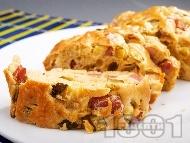 Рецепта Солен домашен кекс с шунка, сирене и варени яйца